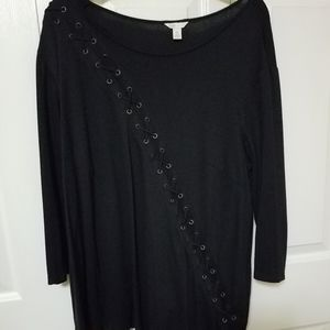 Black 3/4 Sleeves Shirt with unique look on front